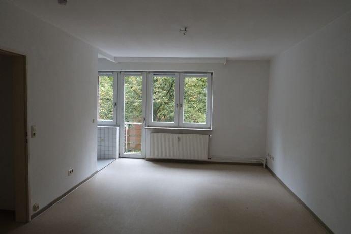 Zimmer (Zugang Küche+Balkon)