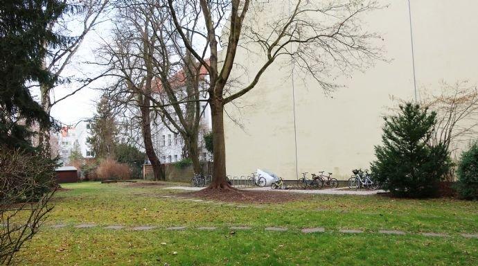 11-Fahrrad-Abstellplatz