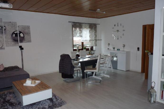 Wohn- und Esszimmer im Erdgeschoss