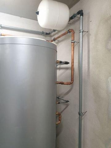 VIESMANN-Heizungsanlage mit Warmwasserzubereitung