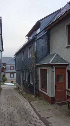 Haus und Eingang Anbau