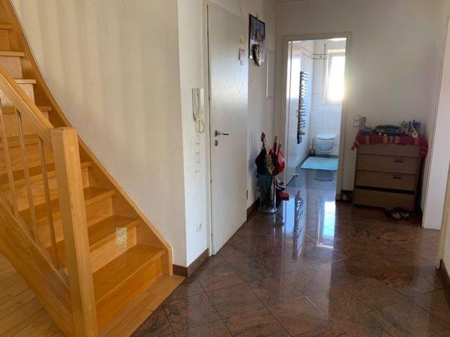 Eingangsbereich + Gäste - WC