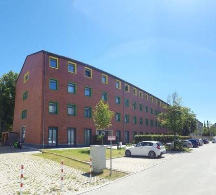 Außenansicht Hildegard-Knef-Straße 1