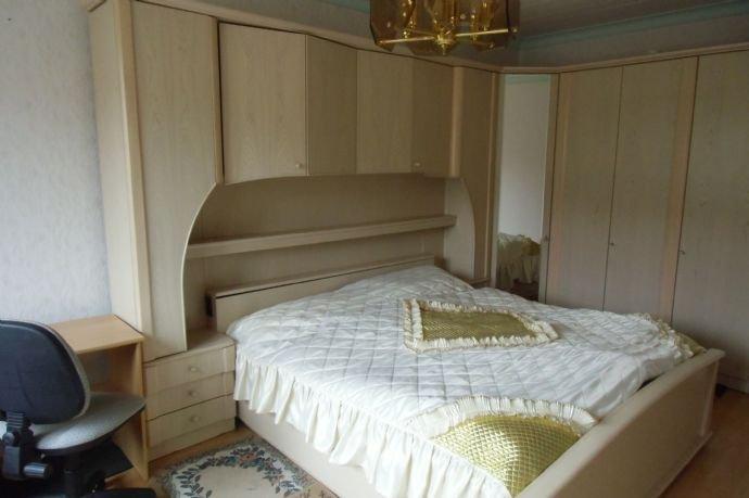 19 Schlafzimmer