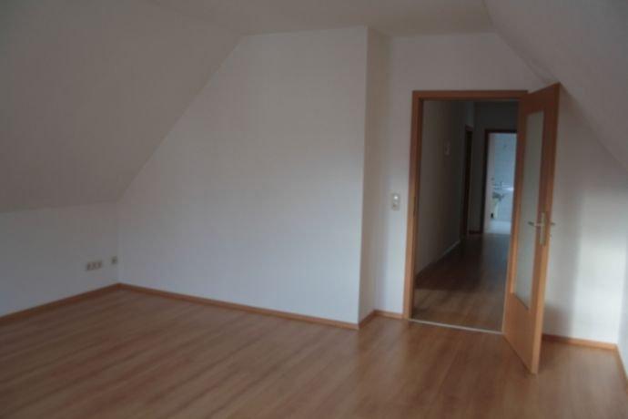 Wohnzimmer Blickrichtung Flur
