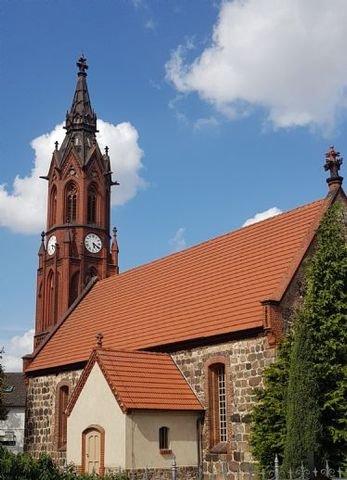 Kirche im Ort