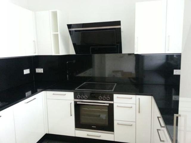 Küche (Frontseite)