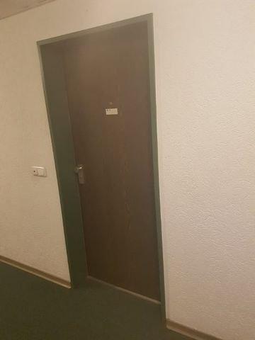 Wohnungseingangstuere 2 (Andere)