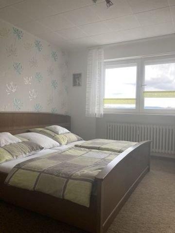 Schlafzimmer 4-Zimmerwohnung ab 1.7. frei!