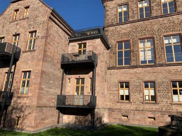Rückansicht/ Balkon