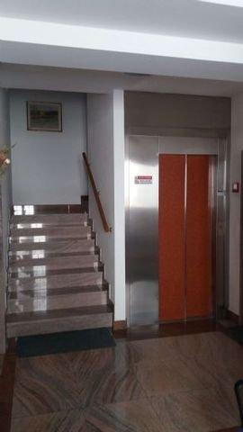 Flur mit Aufzug
