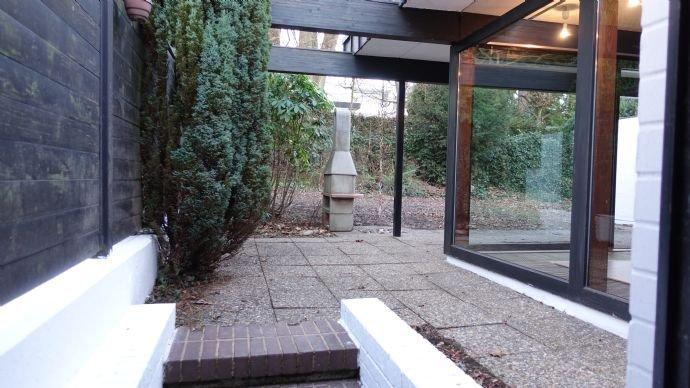 Ausgang Garage zum Garten