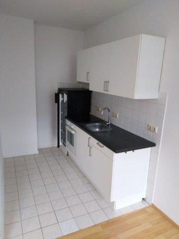 offene Küche mit Einbauküche