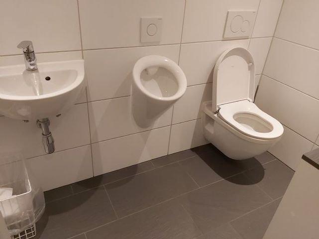 Toilette Herren