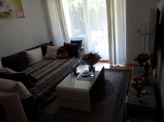 Wohnzimmer zur Terrasse