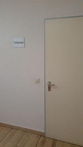 Zugang zur Tiefgarage
