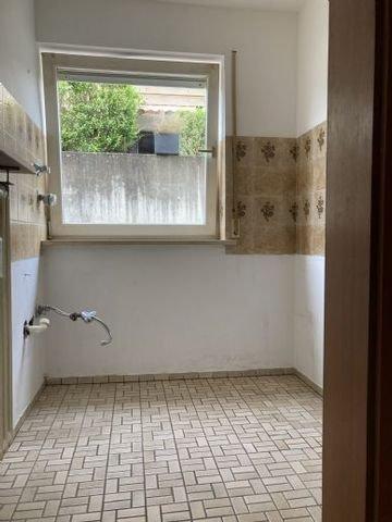 Küche 1-Zimmerappartement frei!
