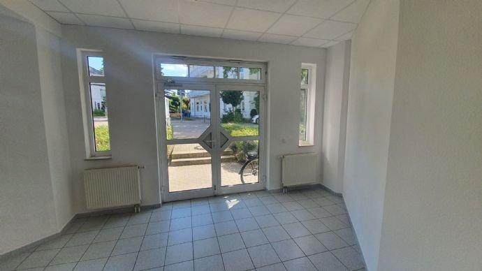 Haupteingang von Innen