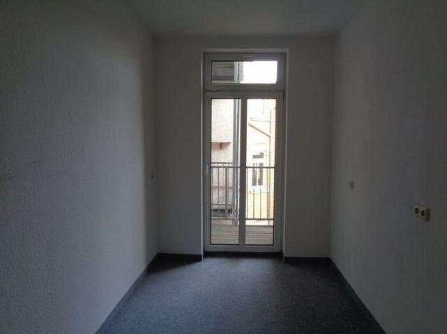 12 Zimmer 4