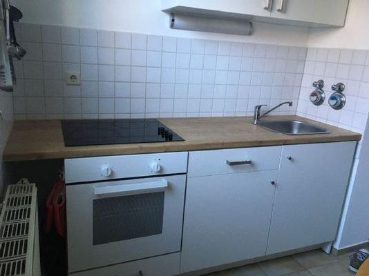 Bild 3 Einbauküche