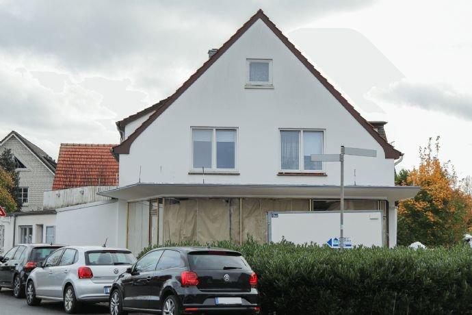 …Große Fenster in der Maisonettewohnung