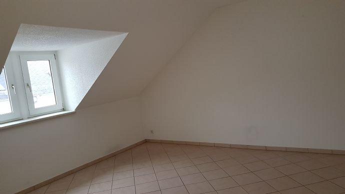 Dachgeschoss rechts