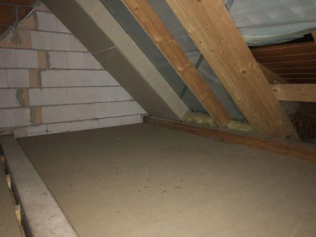 Bild 14 Dachboden