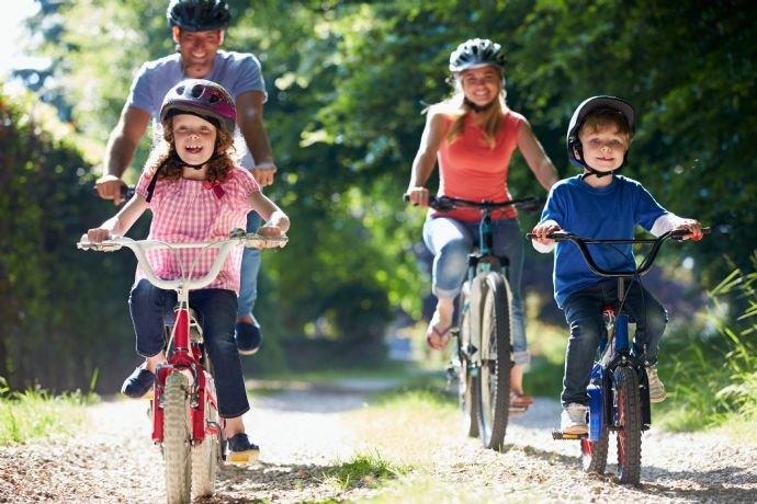 Radtouren in nahegelegenen Parks